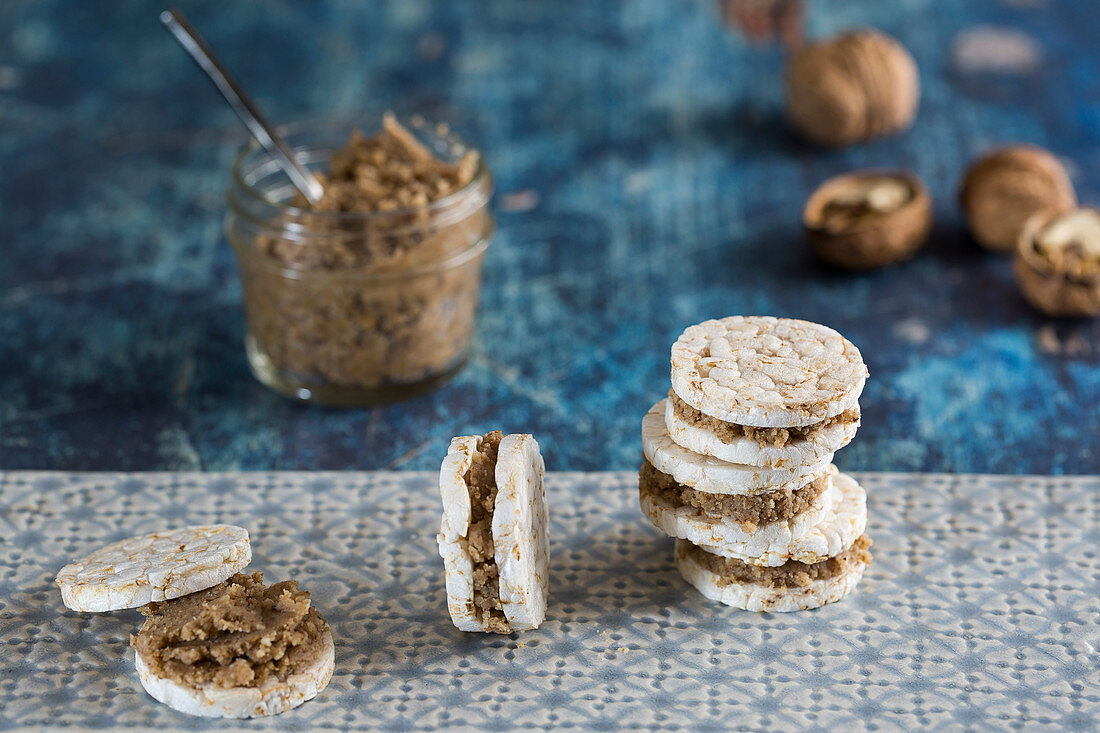 Rice Cakes with Walnut Butter Filling
