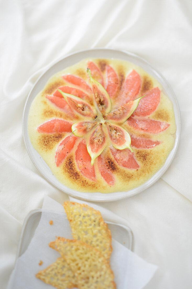 Gratinierte rosa Grapefuit