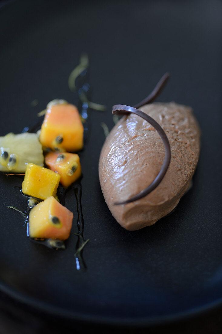 Chocolate mousse with papaya