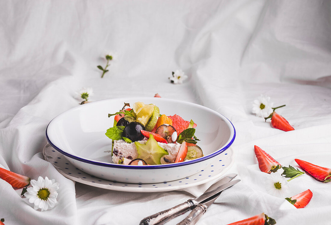 Cottage cheese with ricotta served with fresh fruit