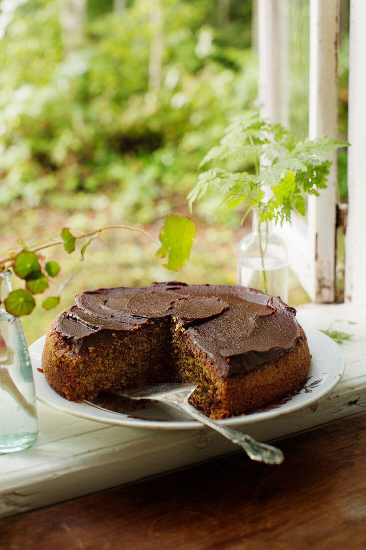 Beetroot cake with chocolate ganache