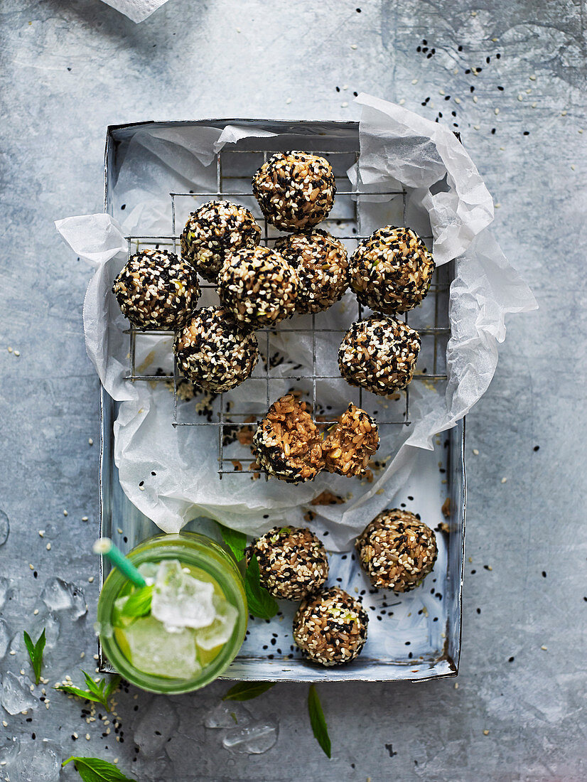 Brown rice energy balls