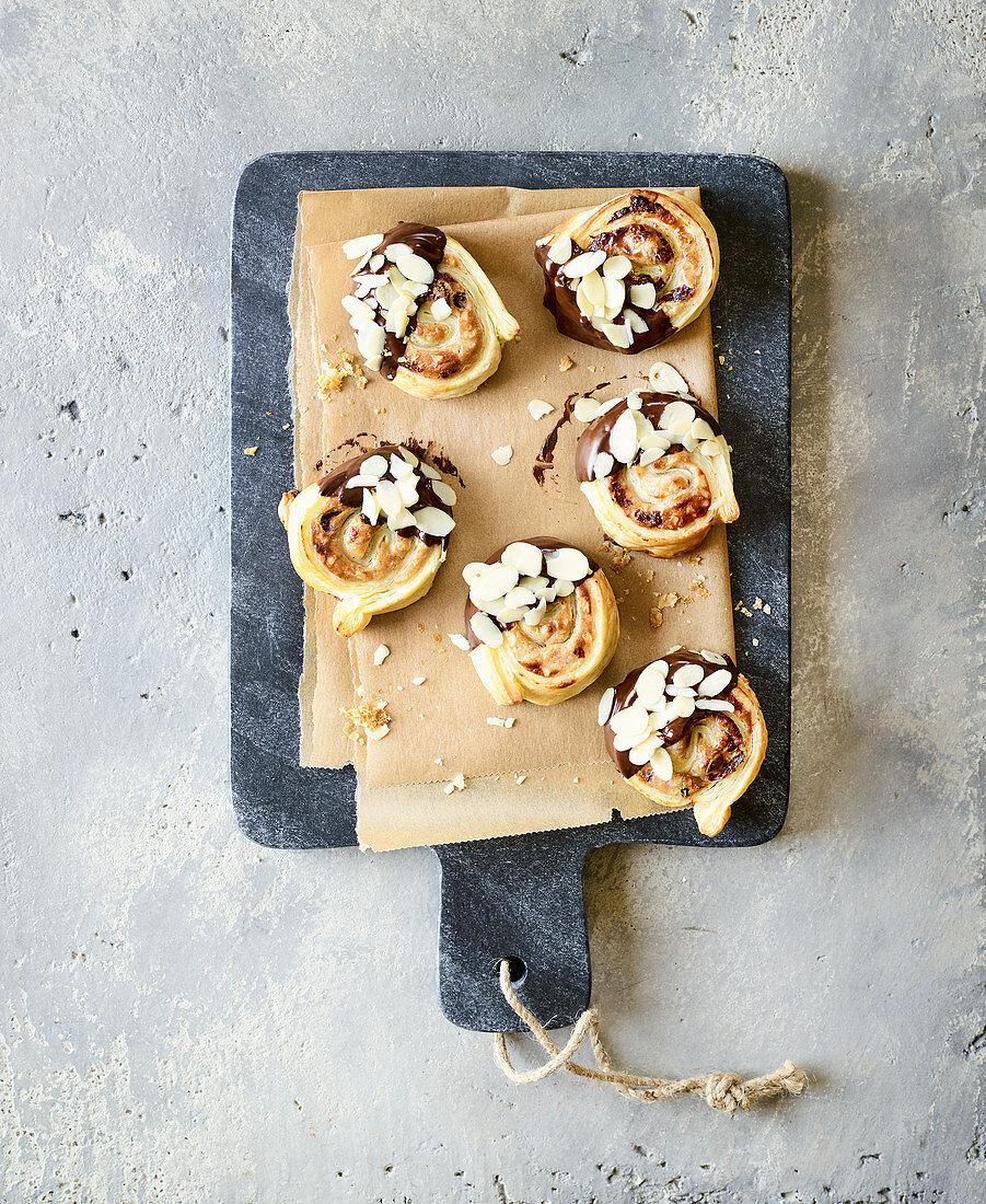 Puff pastry buns made in a hot-air fryer