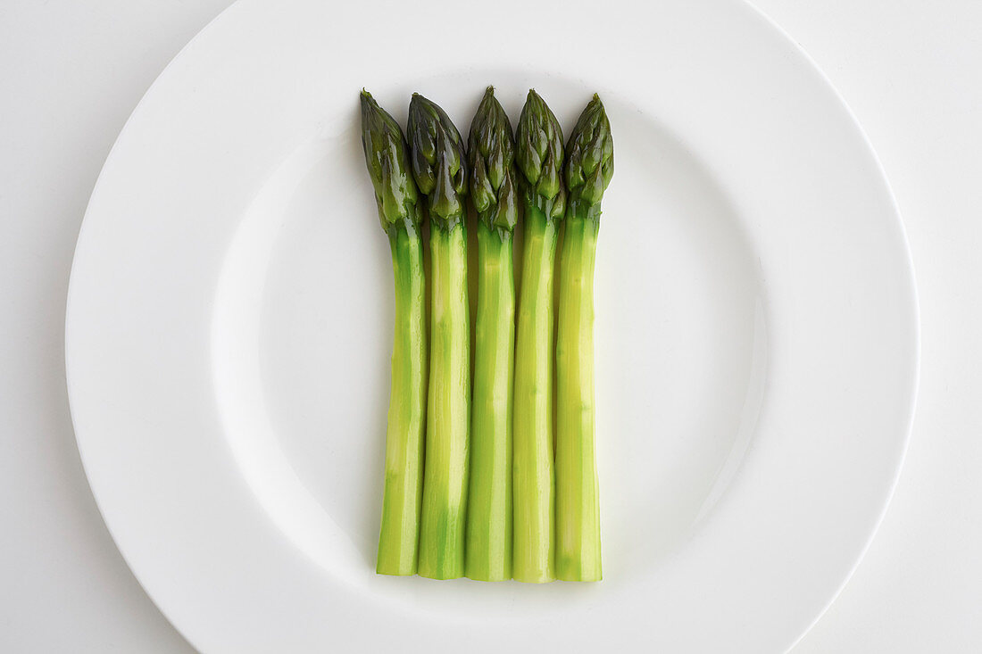 Beautiful spears of british Asparagus