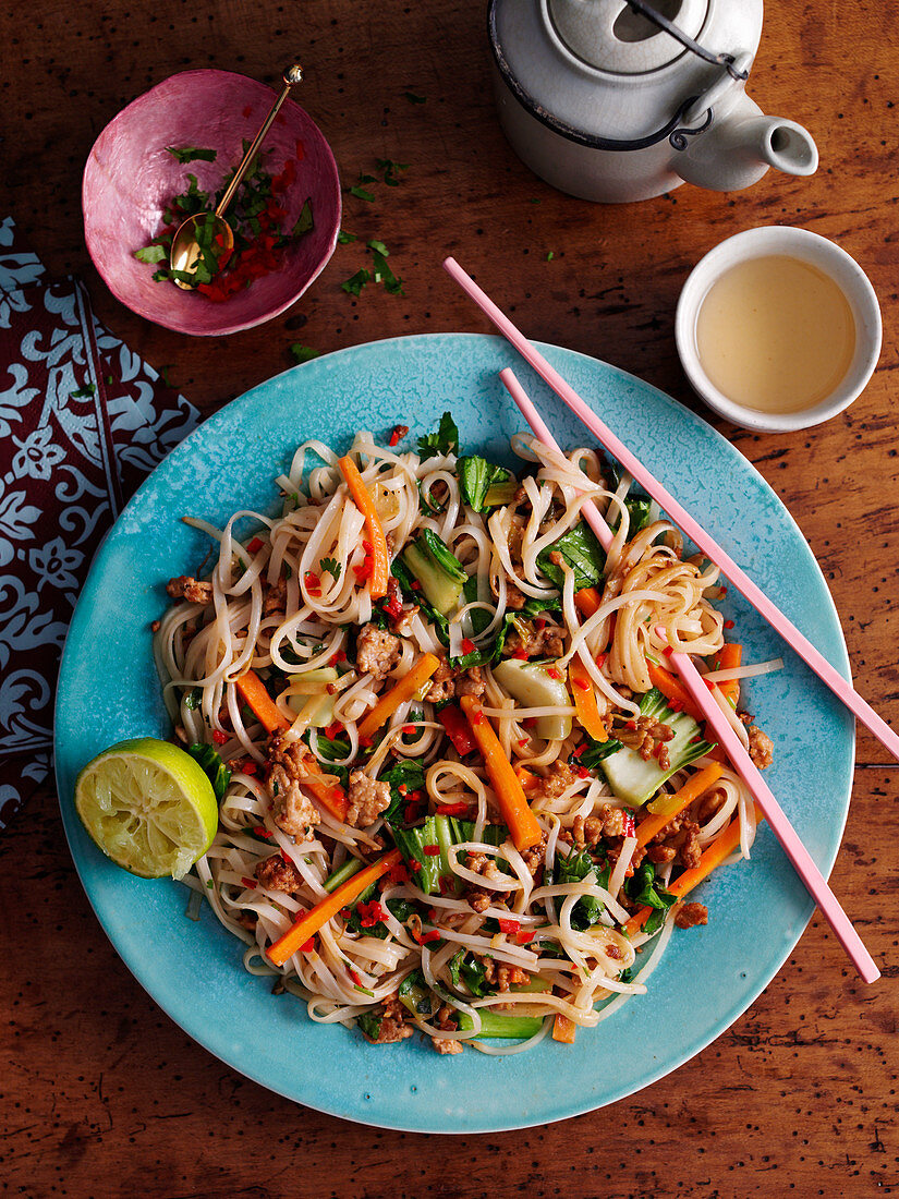 Pad Thai (pasta dish, Thailand)