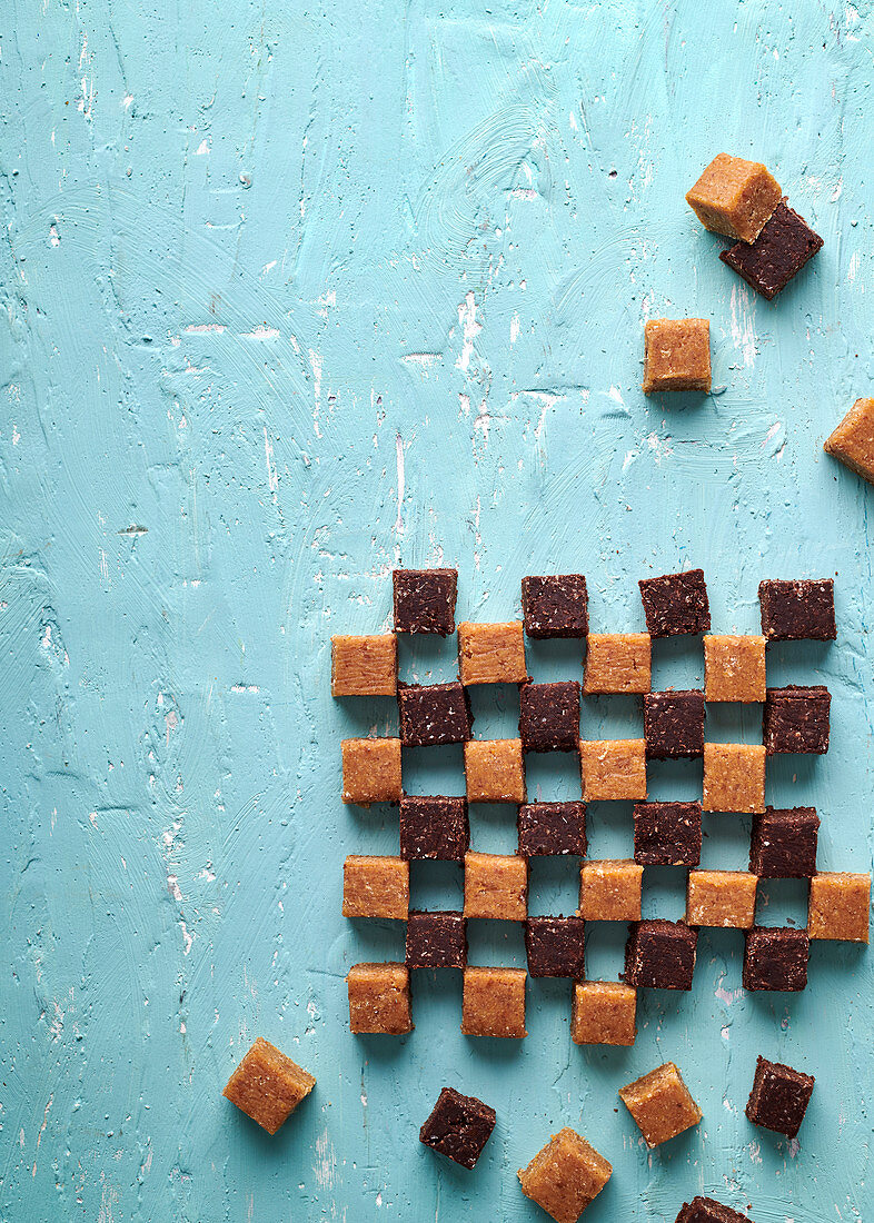 Chickpea fudge with dates. hiney and nut butter