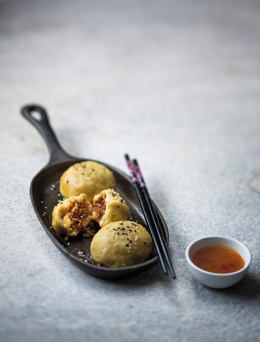 Chinese crispy steamed buns with five-spice mince filling