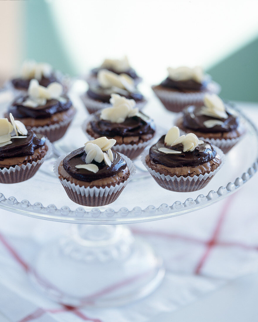 Christmas little choclate and almond cakes