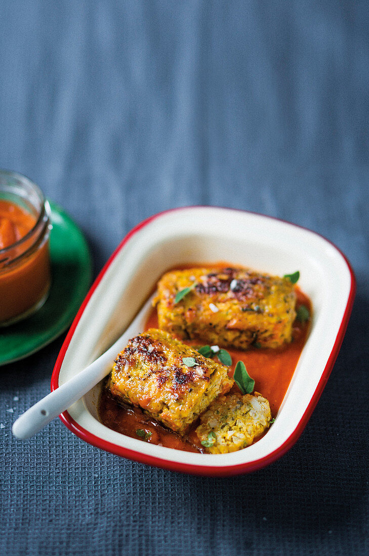 Mini chicken meatloaves with homemade tomato sauce