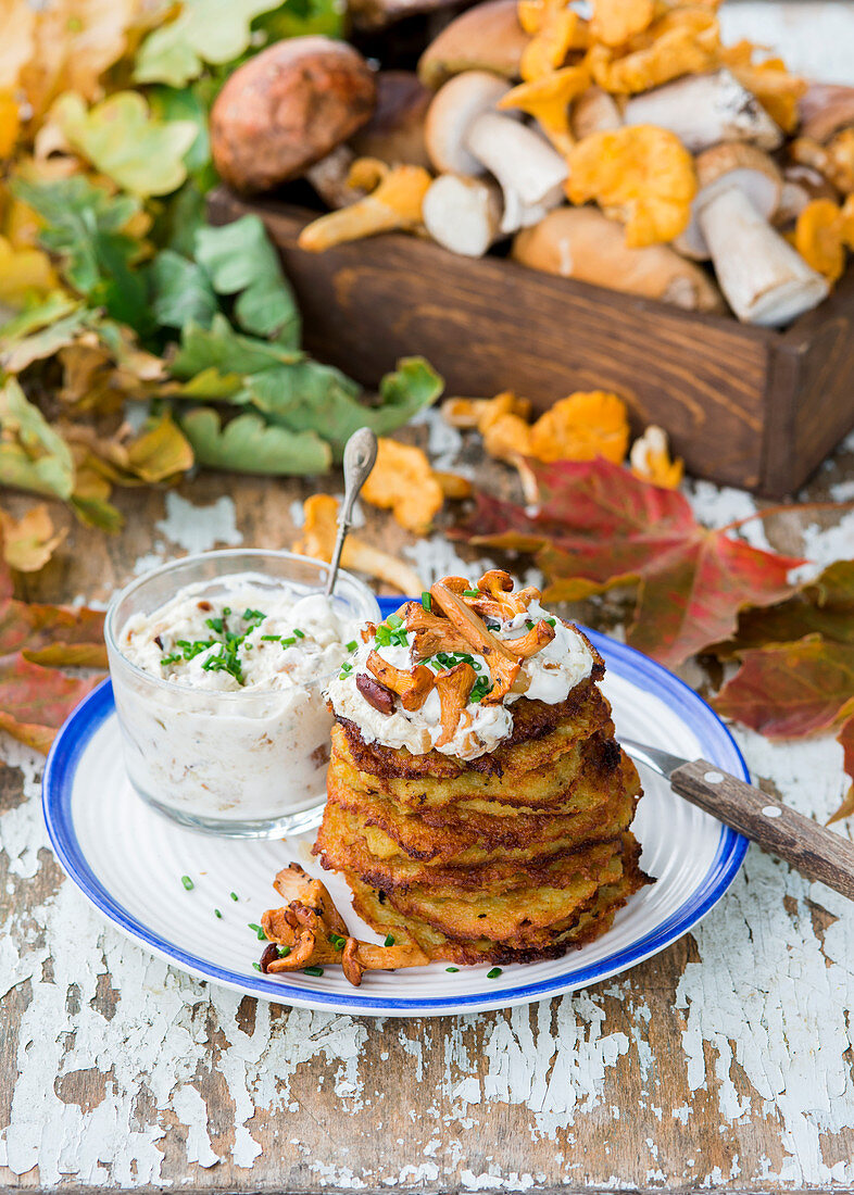 Potato fritters with mushrooms