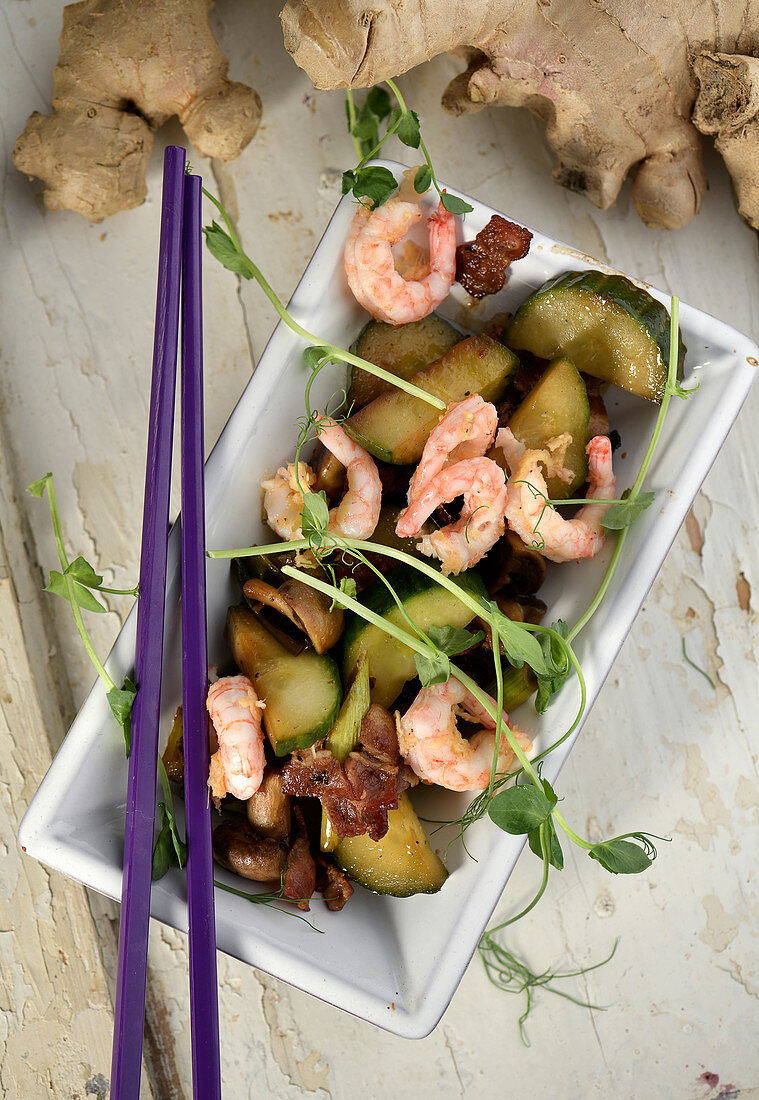 Stir-fried cucumber medley with prawns, bacon and ginger (China)