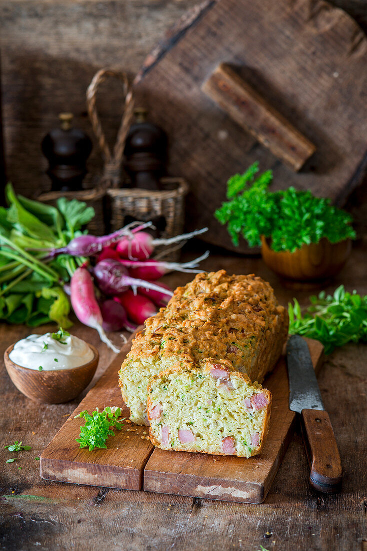 Zucchini and ham bread