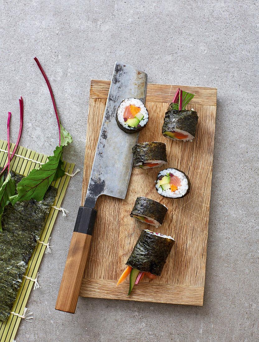 Wild salmon maki with beetroot leaves and horseradish