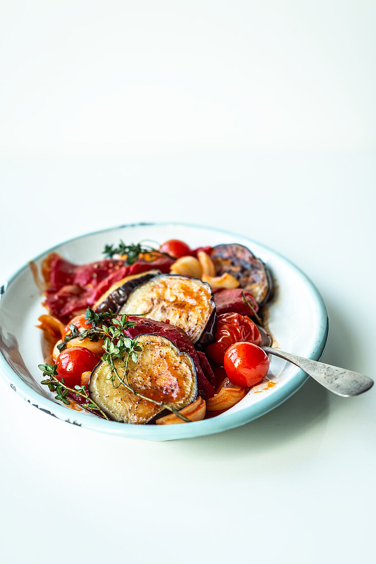 Pepper and aubergine medley with tomatoes
