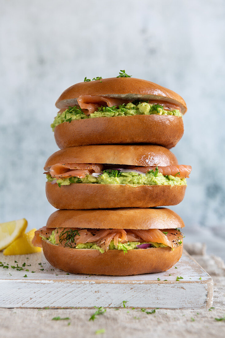 Salmon bagels with avocado cream