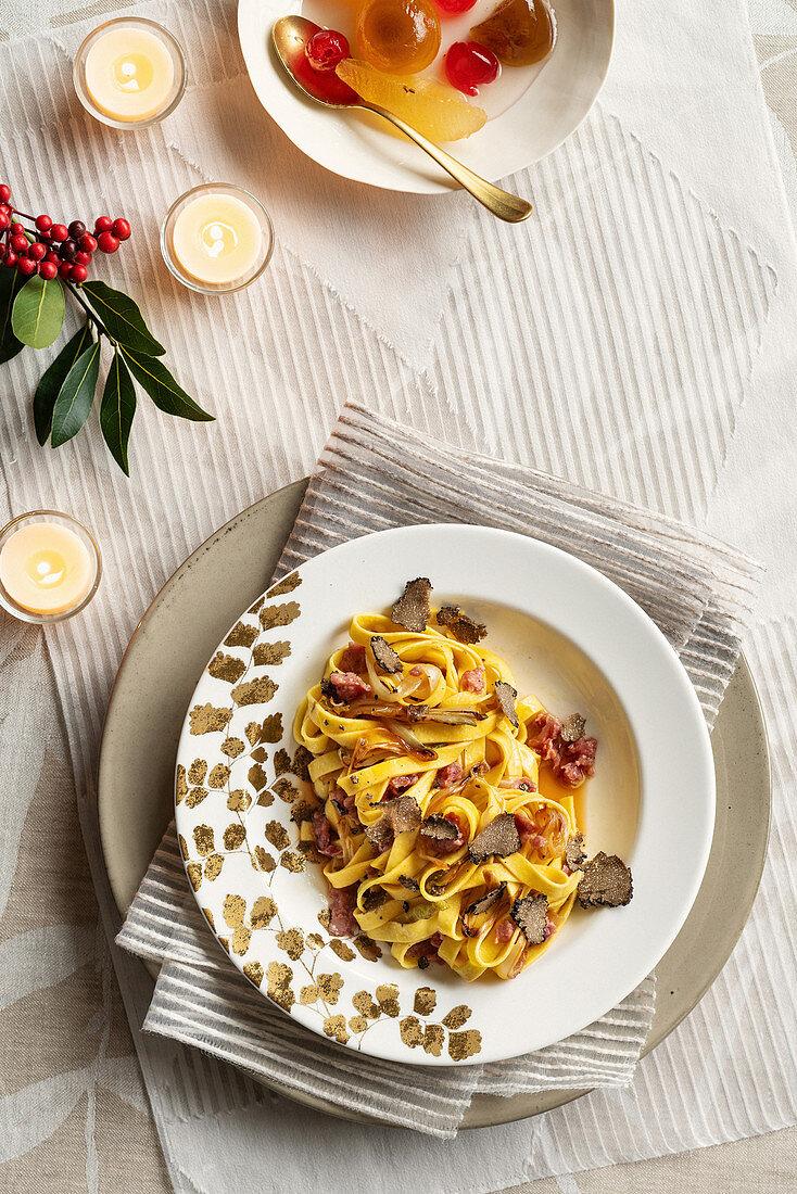 Tagliatelle with chicory, cotechino and black truffles