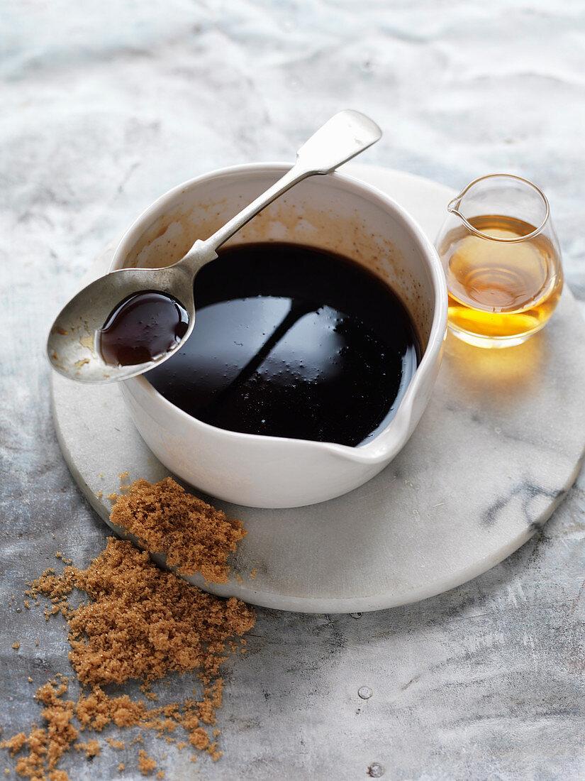 Bourbon and brown sugar glaze for ham
