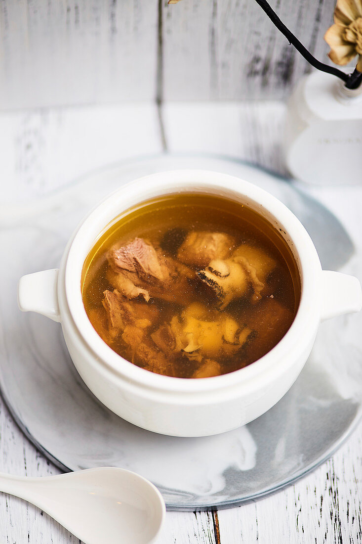 Old Fire Soup with chicken (Canton, China)