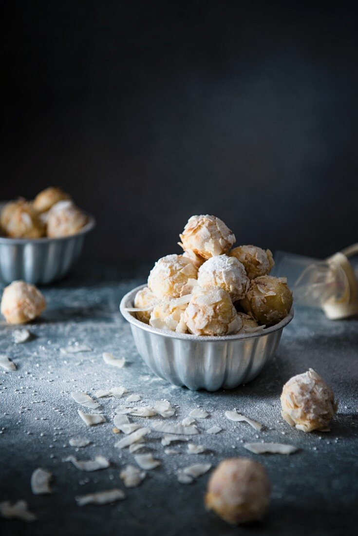 White chocolate truffles with coconut