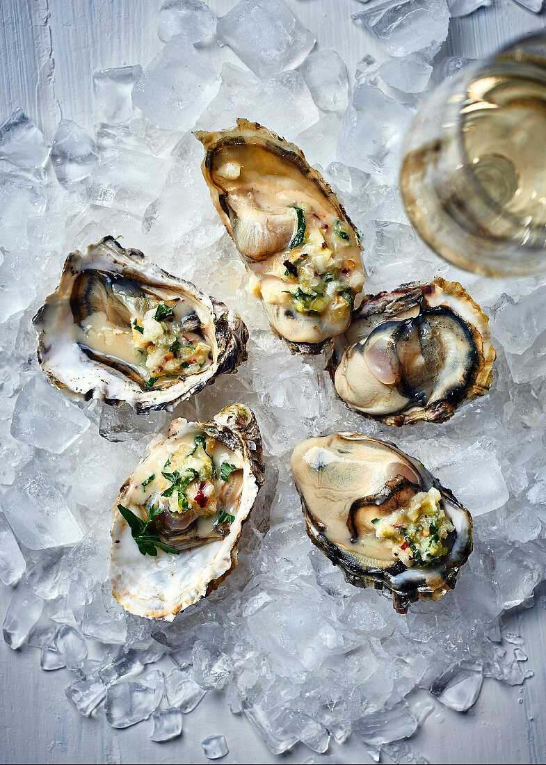 Oysters with champagne vinegar, lemon, peppermint and horseradish