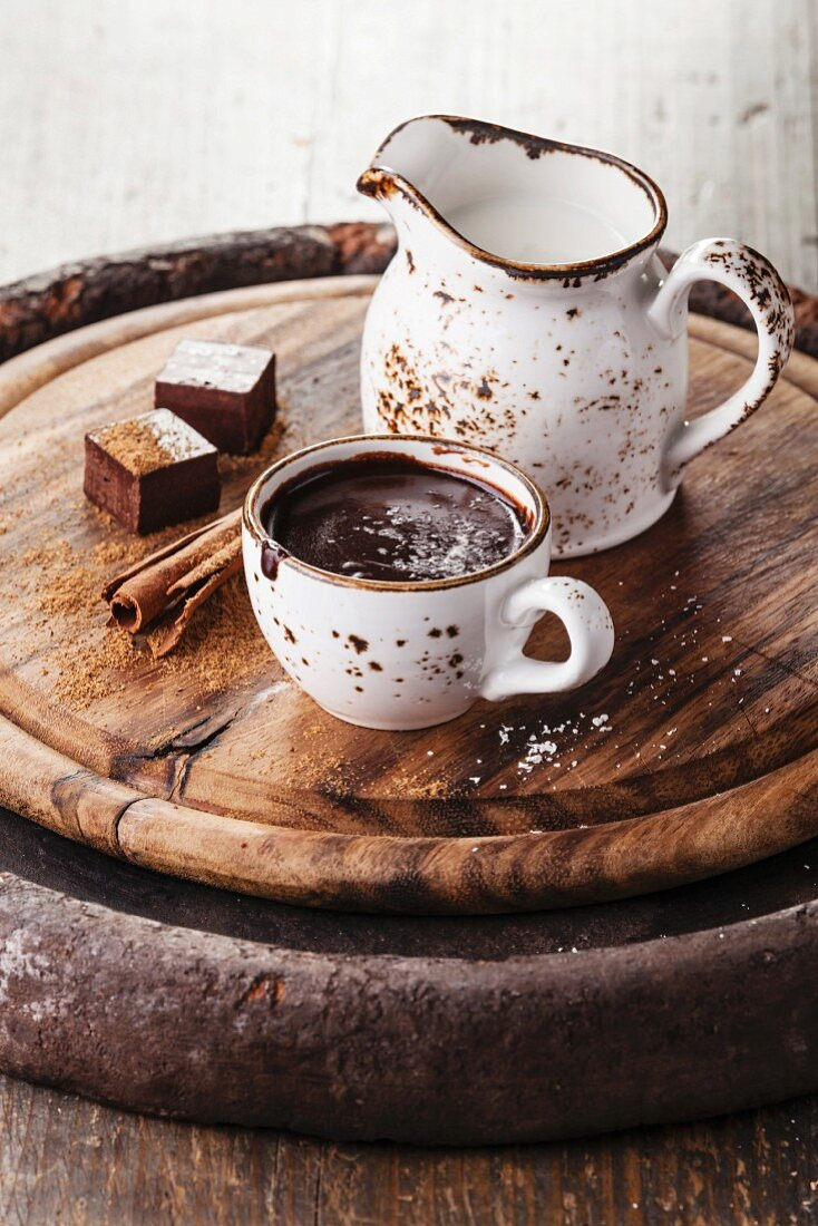 Hot chocolate sprinkled with white chocolate with spices