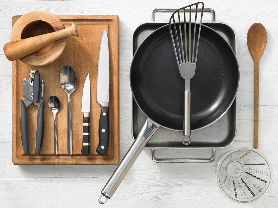 Kitchen utensils for making monkfish on vegetables