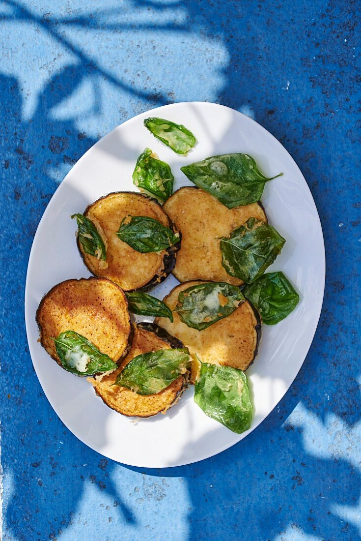 Eggplant fritters with basil