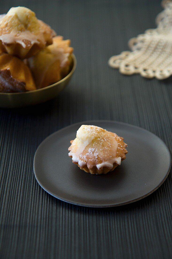 Madeleines with a sugar glaze