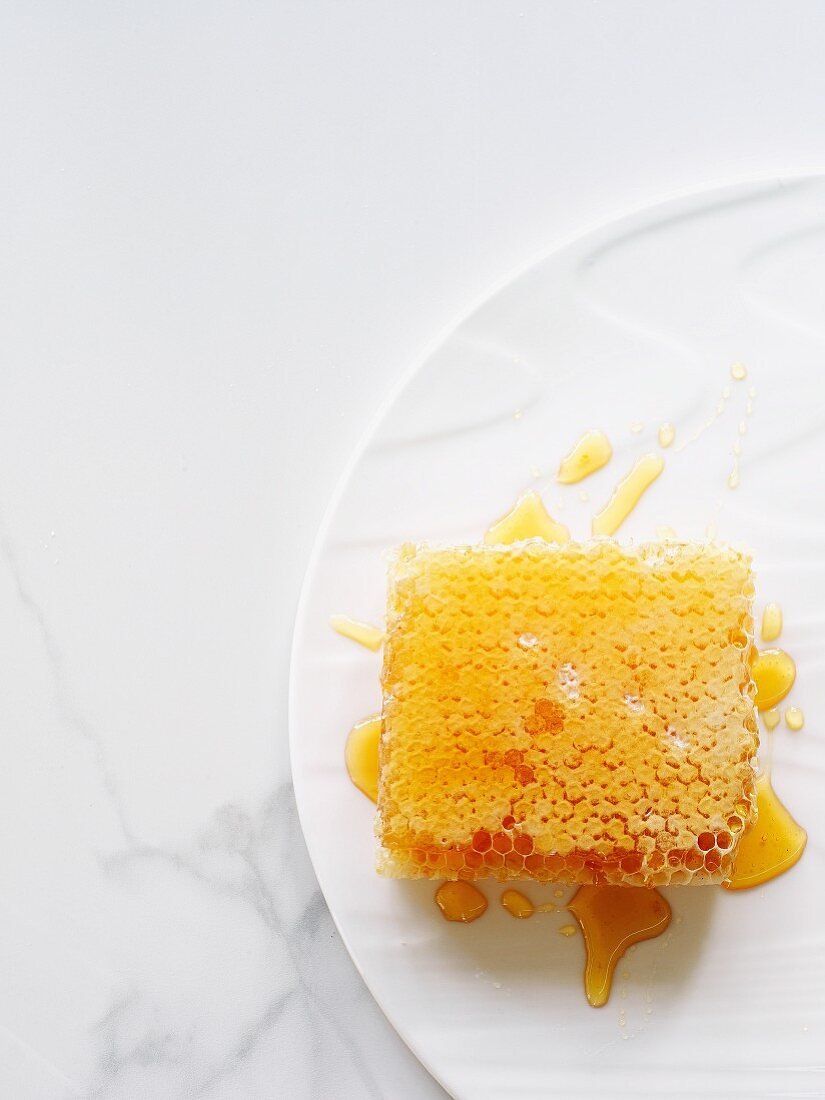 Honey and honeycomb (top view)