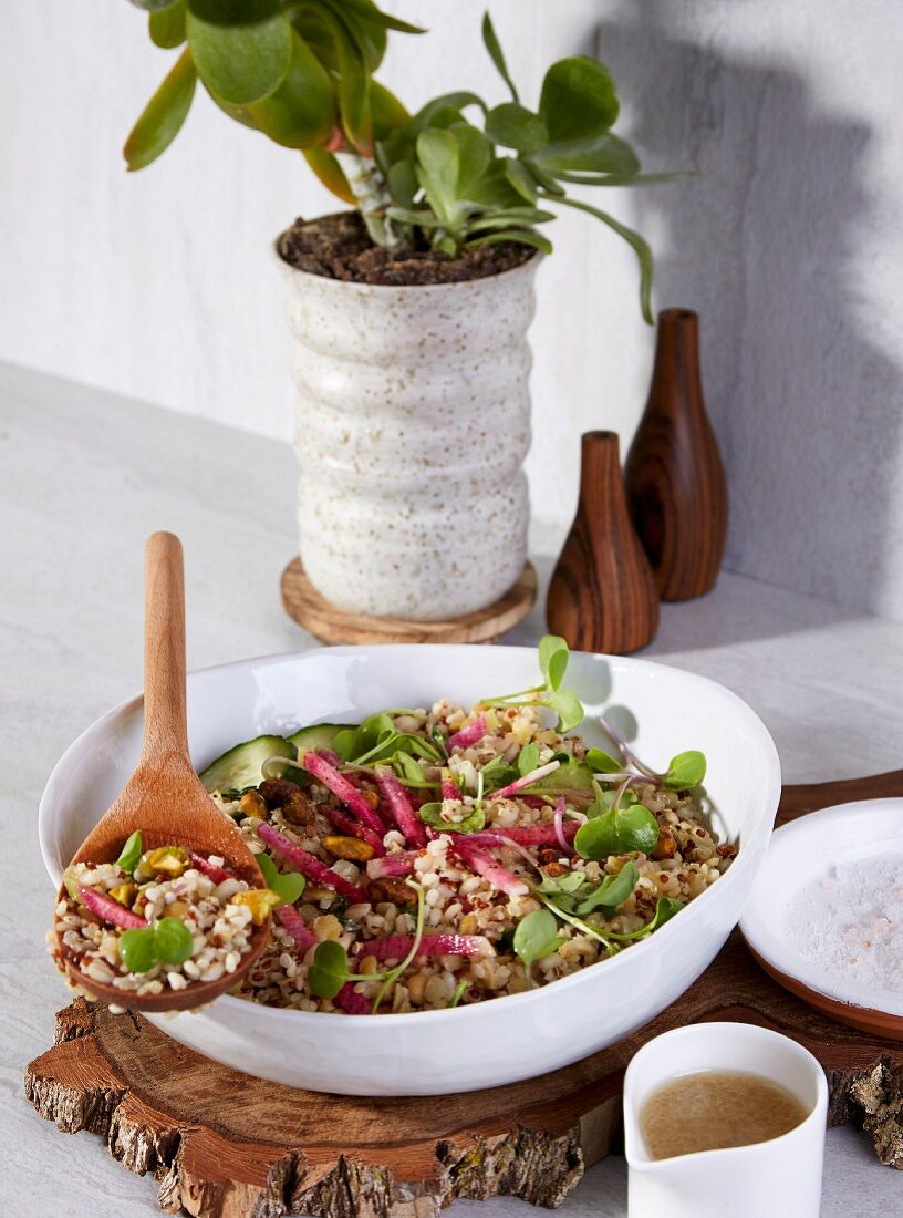 A sorghum and quinoa bowl with vegetables