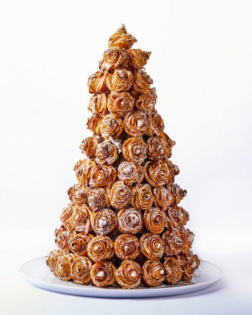 A pyramid cake (France)