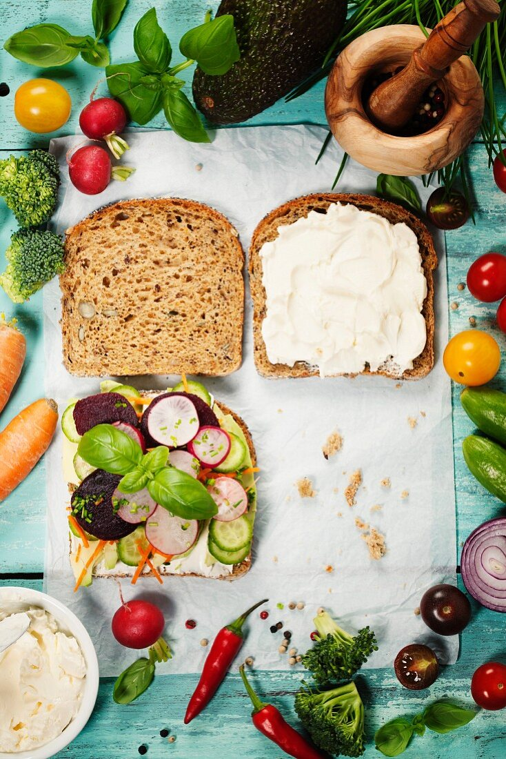 Healthy Vegetarian Sandwiches (with Avocado, Tomato, Cucumber, Onion, Beetroot, Cream Cheese, Herbs and Spices)