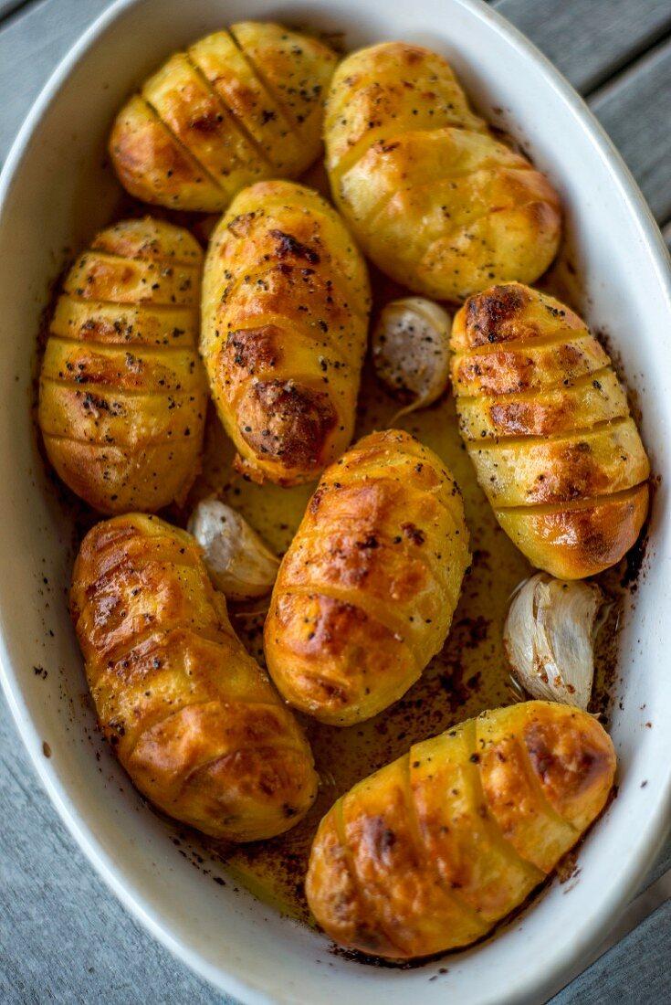 Hasselback potatoes with garlic