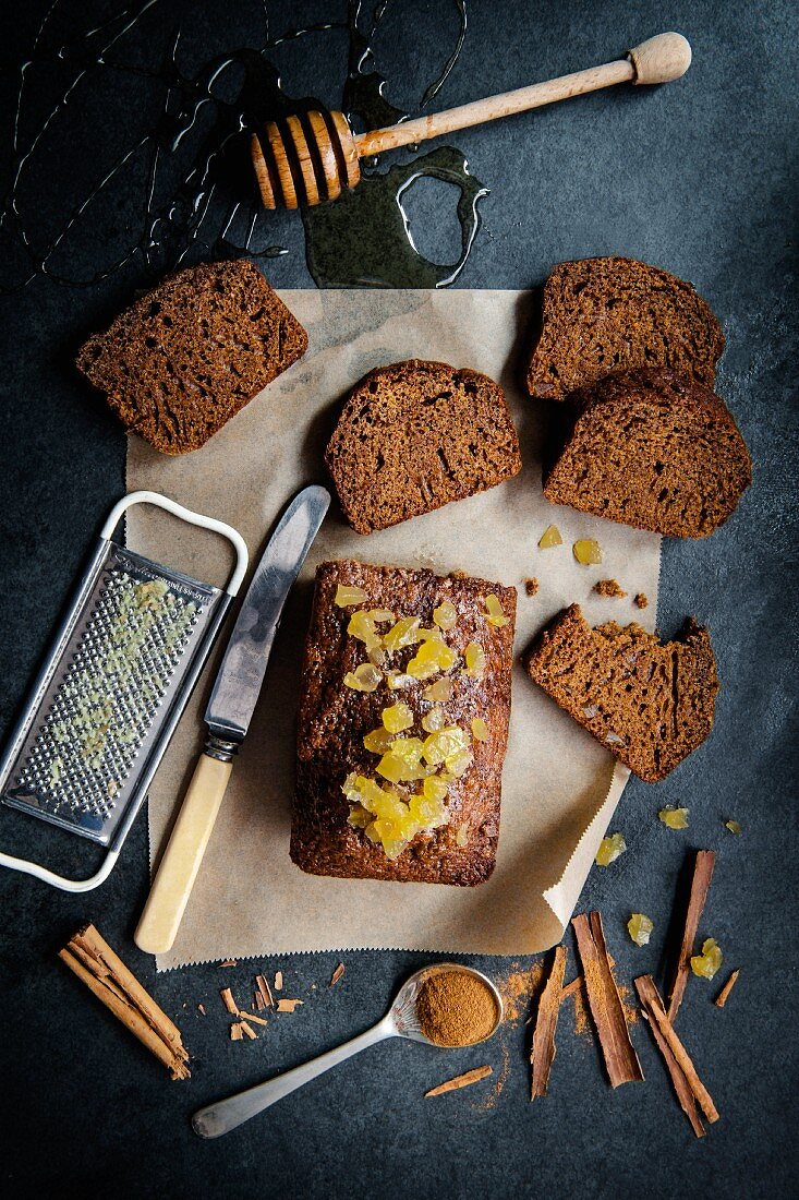 Ginger cake with honey and candied ginger