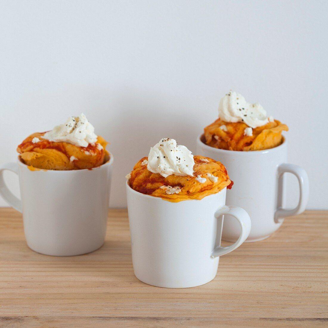 Savoury mug cakes with cream cheese and tomato sauce