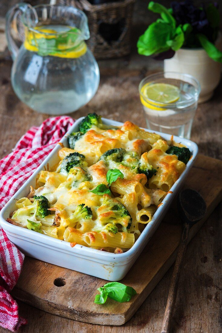 Broccoli pasta bake with basil