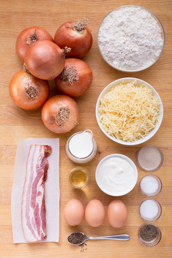 Zutaten für Zwiebelkuchen mit Speck