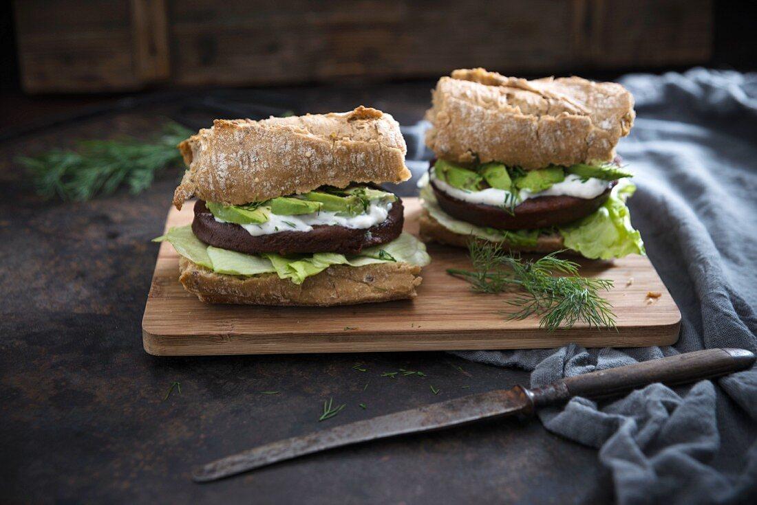 Ciabatta with tofu, avocado and dill remoulade (vegan)