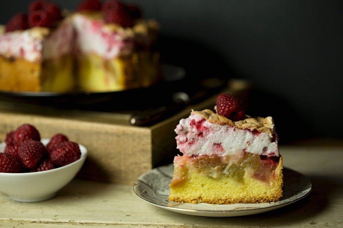 Rhubarb cake with raspberries