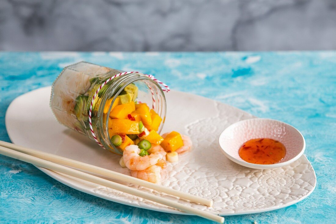 Rice noodle salad with mango, prawns and sweet chilli sauce
