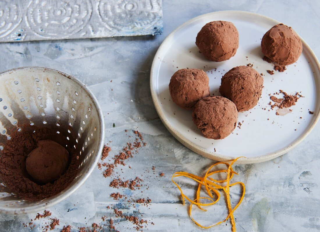 Apricot and date energy balls with orange peel and cacao (sugar-free)