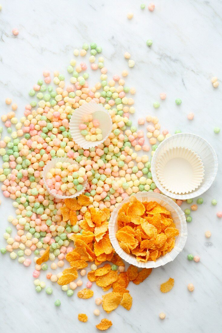 Sweets to be used as toppings