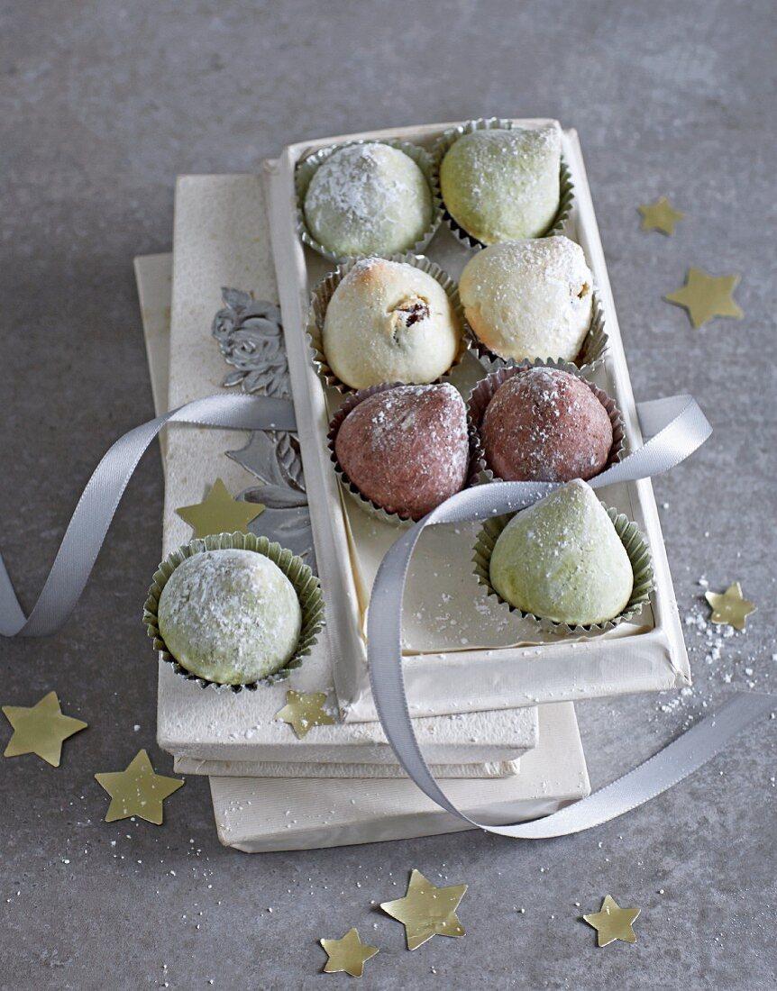 Amarettini magic tree pastries