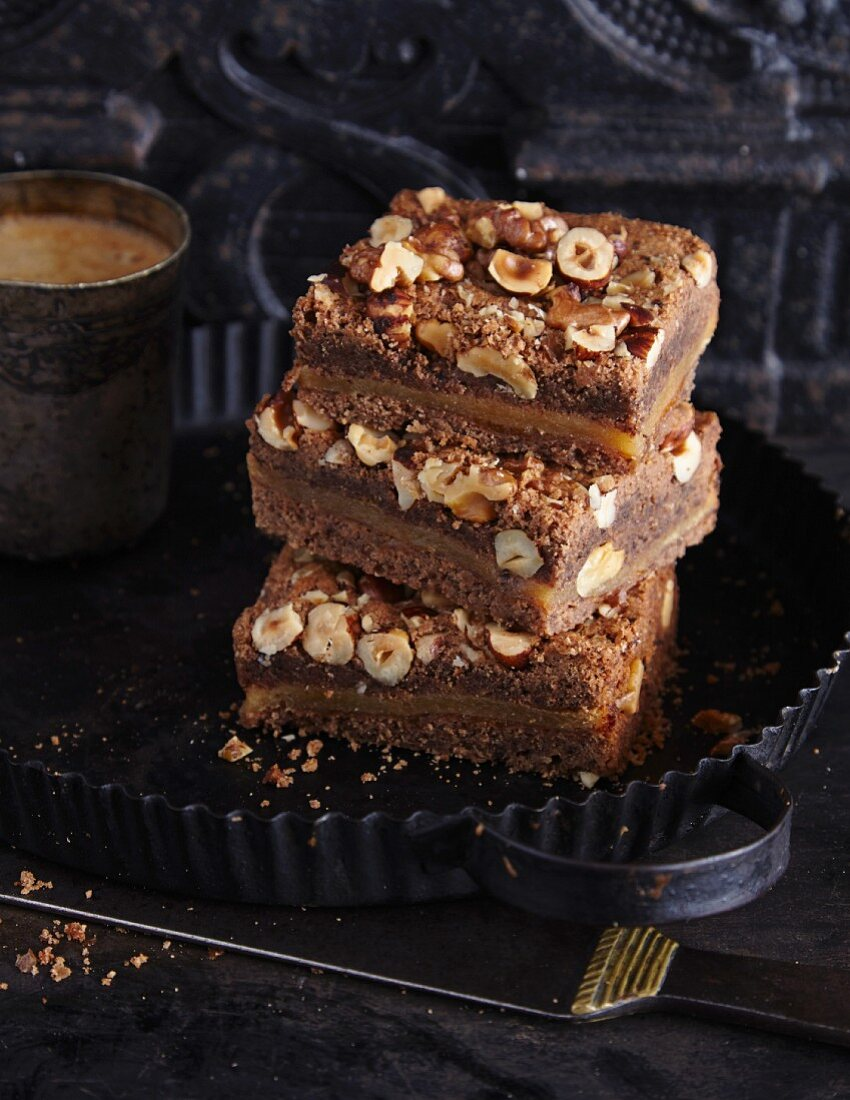 Nut and chocolate slices