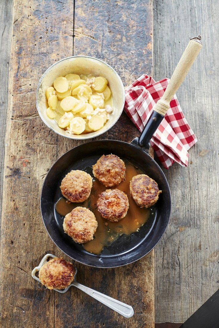 Fried pork balls with a beer sauce