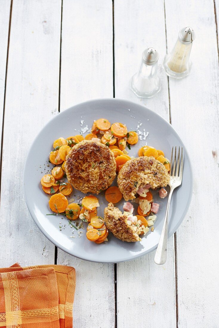 Spelt cakes with herby carrots