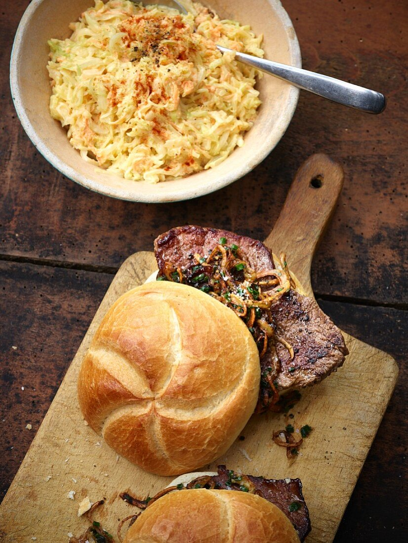 Ox rolls with coleslaw