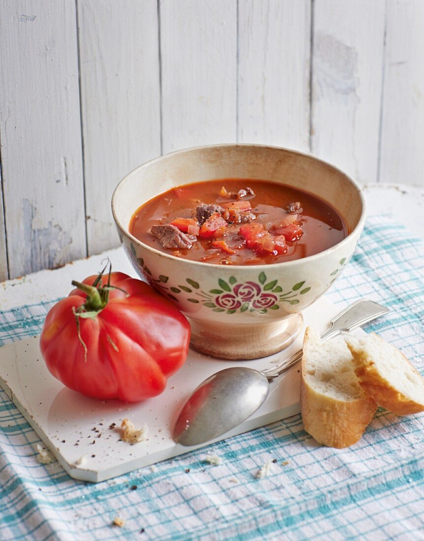 Goulash soup with beef tomatoes