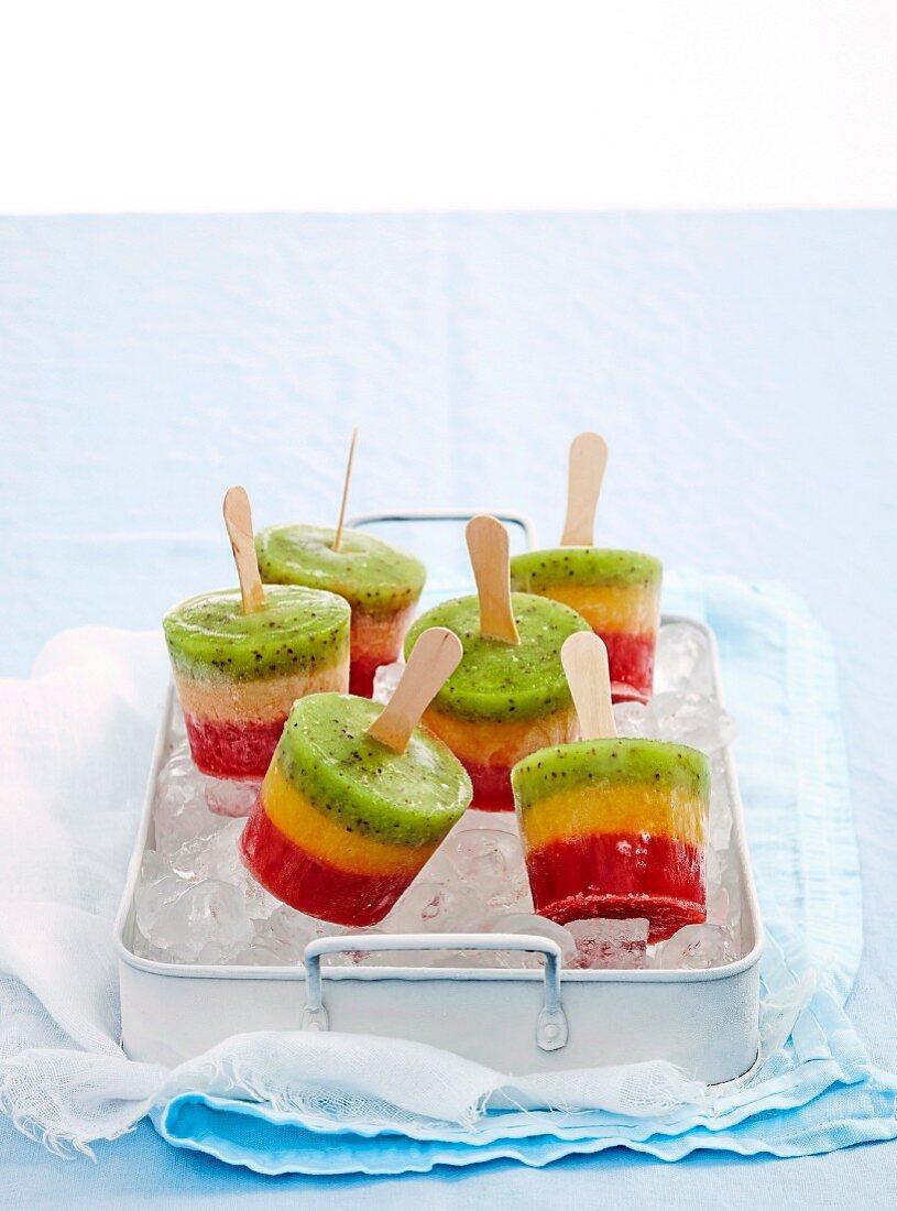 Fruit and yoghurt pops