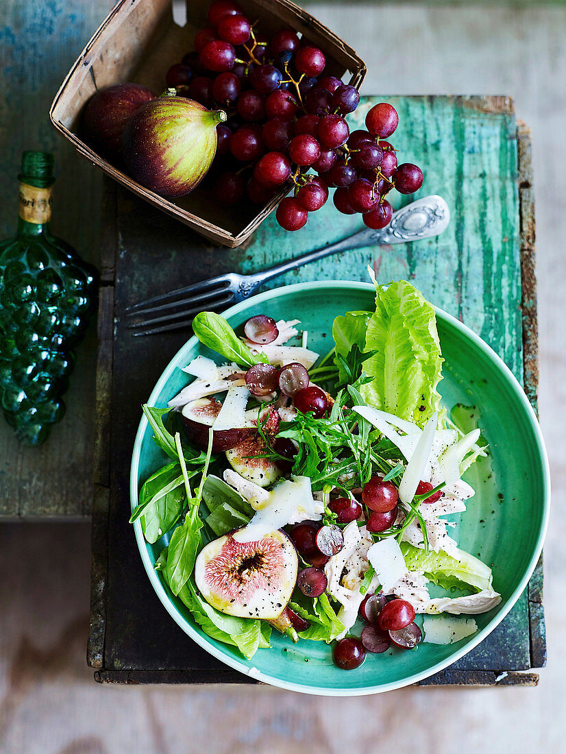 Chicken salad with figs, grapes and parmesan